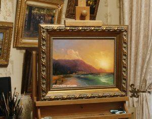 Копия картины И.К. Айвазовского «Морской вид» в интерьере мастерской